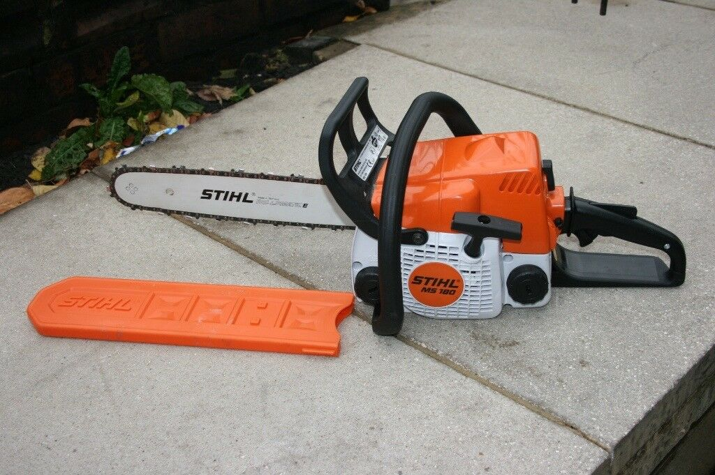 89a3e293905 Stihl MS180 petrol chainsaw in mint condition only had very little private  use