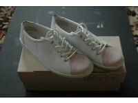 ECCO Shoes two tone Pink & White