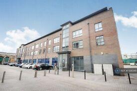 1 bedroom flat in Fire Fly Avenue, Swindon, SN2 (1 bed) (#1126349)