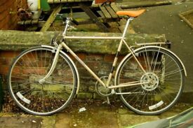 very nice high quality vintage bike needs a new owner!