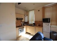 SPACIOUS 3 BEDROOM FLAT IN PECKHAM