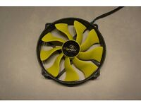 Akasa Viper R 4-pin PWM 140mm Fan (with 120mm mounting holes)