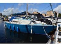 24FT SAIL BOAT – SAIL AWAY IN YOUR HOME-AWAY-FROM-HOME