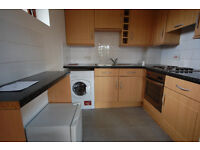 Nice furnished 1 double bedroom studio flat situated on the 2nd (top) floor