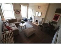 FESTIVAL LET!! SPACIOUS 4-bedroom flat to let. BEST location. Sleep up to 9.