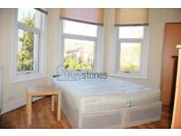 1 bedroom in Woodside Road, Room 6, Wood Green, N22