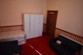 single room in Black boy lane road, N15 - all bills included - £140 per week