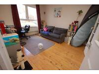 Bright and spacious 1 bed ground floor property in Mortonhall available December - NO FEES!