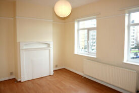Three bedroom maisonette in Canning Town E16 located 5mins from the station