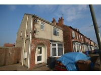 **Bargain**1 bed flat Available Now Unfurnished close to Rolls Royce £690.00 total to move in DSS ok