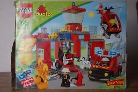 Lego Duplo 5601 Light and sounds fire station