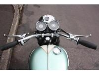 triumph 650 complete rolling chasis -no engine 1970