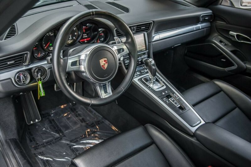 Image 11 Coche Americano usado Porsche 911 2015