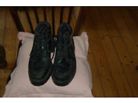 McKenzie original retro black short lace up boots size 41
