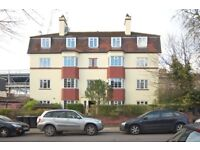 Spacious two bedroom apartment very close to Streatham rail station!