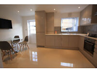 ABSOLUTELY GORGEOUS 3 BEDROOM HOUSE FOR RENT IN MITCHAM