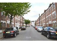 SPLIT LEVEL 4 BED FLAT IN HEART OF CAMBERWELL £520PW AVAILABLE END MAY