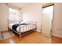 STUDENT ACCOMMODATION LARGE 3 BED HOUSE EXCELLENT TRANSPORT LINKS WITH OUTSIDE SPACE AVAILABLE NOW