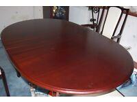 Table and chairs Mahogany