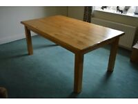 Reclaimed French Oak Table Comfortably seats 8 People. Size 6ft x 3ft 6