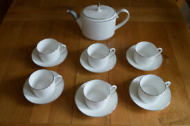 Wedgwood Vera Wang Blanc sur Blanc teacups & teapot. New. Unused. Exquisite