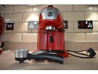 DeLonghi Espresso and Cappuccino Machine Scarlett Red ECC221.R