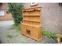 Dresser, solit wood
