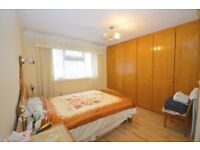 Spacious 3 bedroom furnished Terrace house to rent in Chigwell
