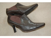Marks & Spencer Ladies Ankle Boots/ Shoes Size 8 (42)