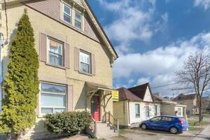 3 Bedroom Main Floor Unit - Available May 2017 for Students!! London Ontario image 6