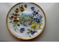 4 Royal Doulton Chatsworth distinctive plates of floral collection plates