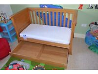 Mams and Papas Ocean Cot Bed - Solid Oak
