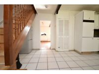 **EX-LOCAL 3 BED FLAT FOR RENT IN QUIET PART OF POPLAR. FURNISHED OR UNFURNISHED**