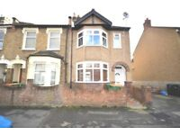 lovely three bedroom ground floor flat with a garden 5mins Plaistow station.