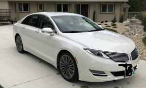 Lincoln MKZ C/W Snow tires & Alloy Rims Heated Steering Wheel