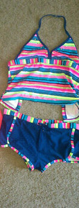Girls 2 piece bathing suit