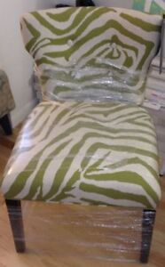 2 ARMLESS ACCENT CHAIRS