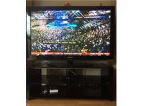Samsung 50' inch Plasma Screen & stand in Black Gloss