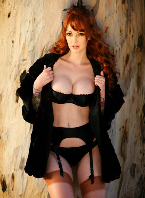 Christina Hendricks Busty 8x10 Picture Celebrity Print