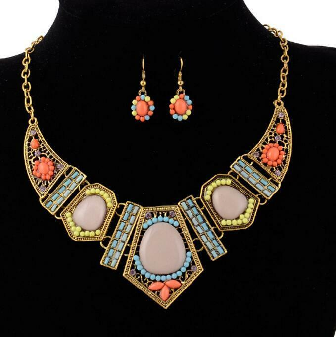 Jewelry Pendant Chain Betsey Johnson Hollow Geometric