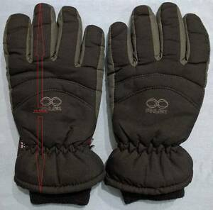 Ski / Snow Gloves. Very good condition. Docklands Melbourne City Preview