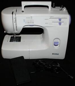 Sears Kenmore 15612 Sewing Machine, Foot Pedal & Bag