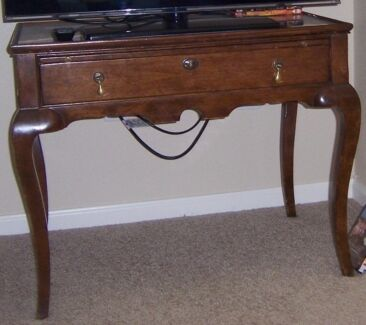USA antique side table. Genuine. Glass top East Kurrajong Hawkesbury Area Preview