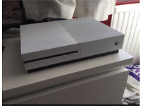 Xbox ONE S 1TB OPEN TO OFFERS NEED GONE ASAP