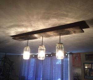Lampe rustique en bois et pot mason