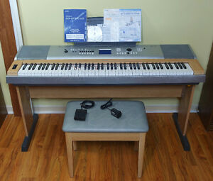 yamaha dgx buy or sell pianos keyboards in ontario. Black Bedroom Furniture Sets. Home Design Ideas