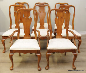 Set 8 of Vintage Queen Anne Dining Chairs by Thomasville