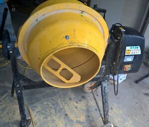 Like new electric Cement Mixer
