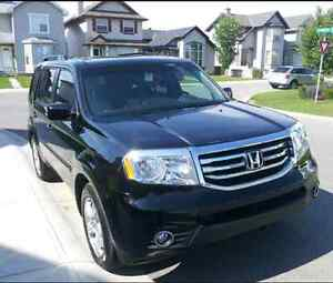 2012 Honda Pilot EX-L with OEM remote starter and winter tires!