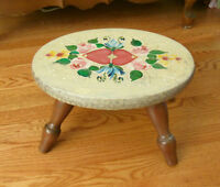 """Wood Hearts FOOT STOOL - 13.5 x 8"""" - Hand Painted"""